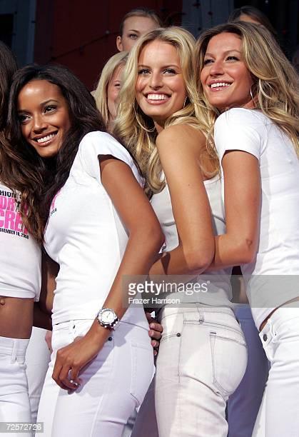 Models Selita EbanksKarolina Kurkova Gisele Bundchen pose as models from Victoria's Secret receive a 'Key to the City' of Hollywood outside the Mann...