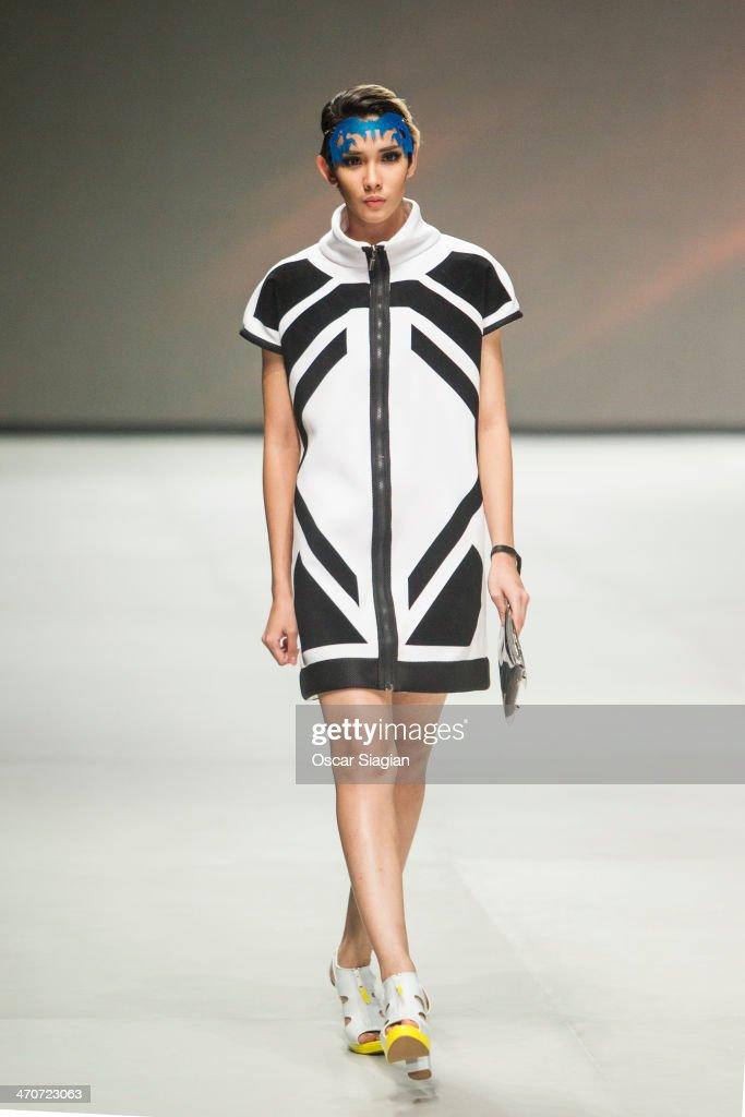 Indonesia Fashion Week 2014 : News Photo