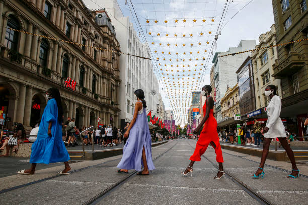 AUS: Melbourne Fashion Week: Pop Up 3 – Festive Season