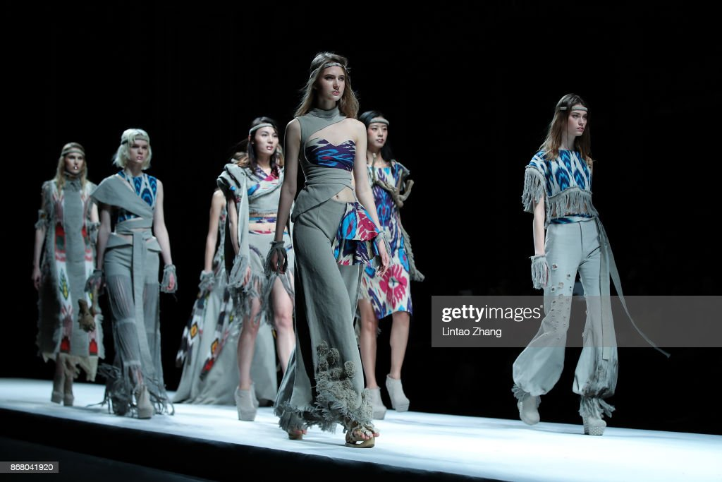 Mercedes-Benz China Fashion Week S/S 2018 Collection - Day 2 : ニュース写真