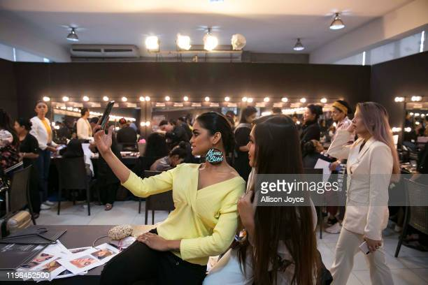 672 Dhaka Fashion Week Photos And Premium High Res Pictures Getty Images