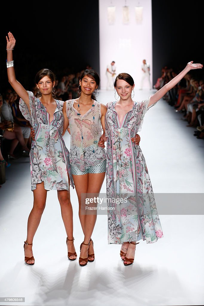 Riani Show - Mercedes-Benz Fashion Week Berlin Spring/Summer 2016 : Nachrichtenfoto