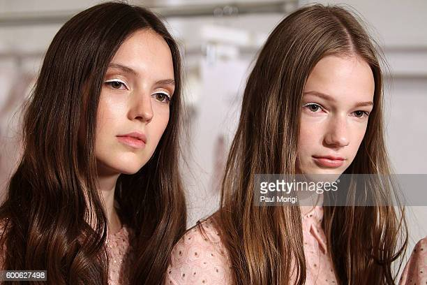 Models wait backstage to have their photo taken during the Noon By Noor fashion show during New York Fashion Week The Shows September 2016 at The...