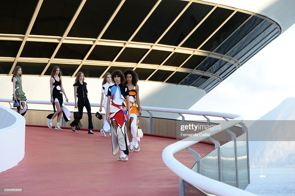 Models walk at Louis Vuitton 2017 Cruise Collection at MAC on May 28, 2016 in Niteroi, Brazil.