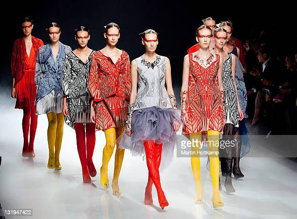 Models walk on the runway at the Somarta fashion show during the Mercedes-Benz Fashion Week Tokyo S/S 2012 at Tokyo Midtown on October 20, 2011 in...