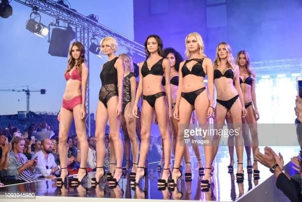 buy popular 67863 fed99 30 Top Lascana Show Berlin Fashion Week Spring Summer 2019 ...