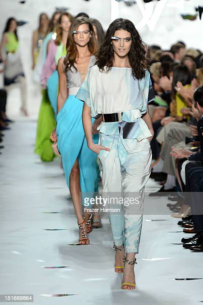 Models walk the runway at the Diane Von Furstenberg Spring 2013 fashion show during MercedesBenz Fashion Week at The Theatre at Lincoln Center on...