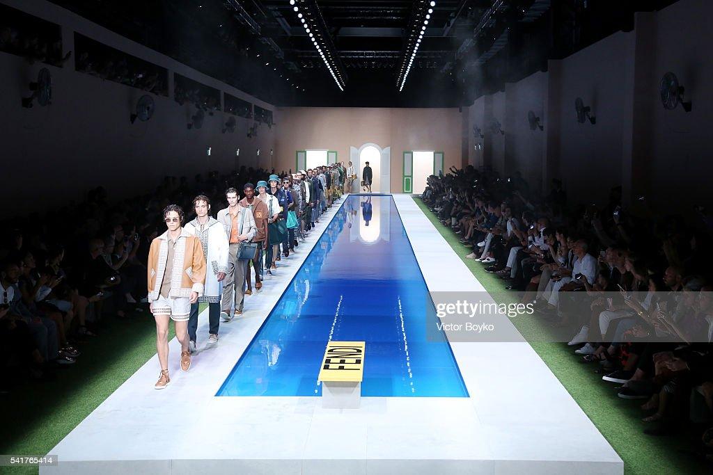 Fendi - Runway - Milan Men's Fashion Week SS17 : News Photo