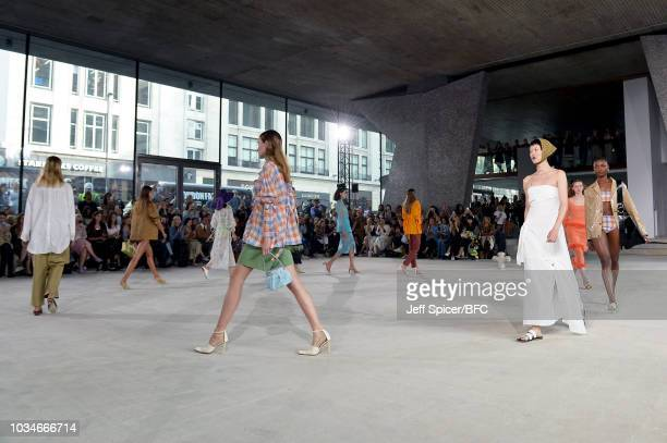 Models walk the runway at the finale of the REJINA PYO ** show during London Fashion Week September 2018 at Centre Point on September 17 2018 in...