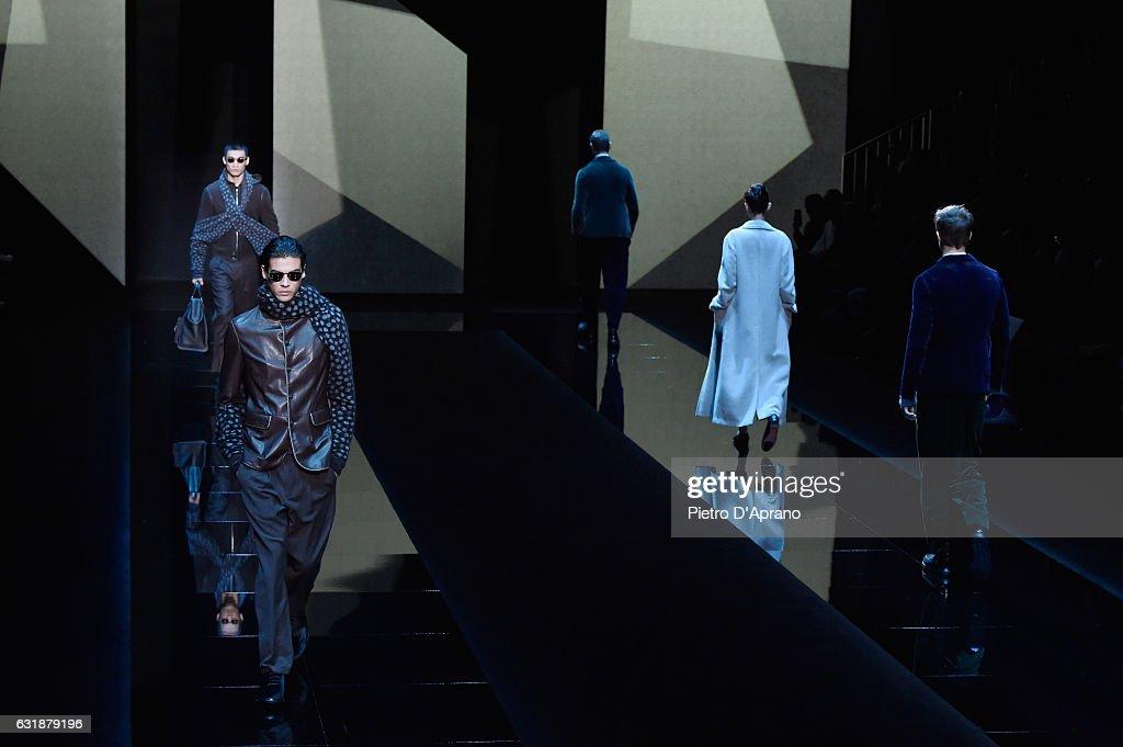 Giorgio Armani - Runway - Milan Men's Fashion Week Fall/Winter 2017/18 : News Photo