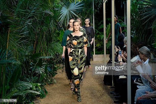 ModelS walk the runway at the Hermes Spring Summer 2014 fashion show during Paris Fashion Week on October 2 2013 in Paris France
