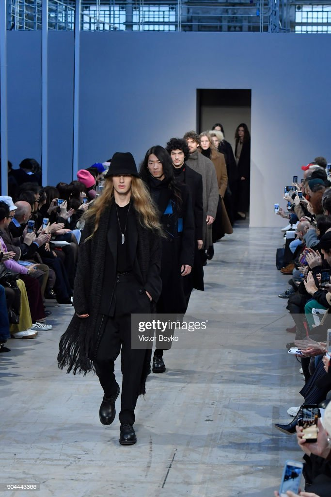 Models walk the runway at the Isabel Benenato show during Milan Men's Fashion Week Fall/Winter 2018/19 on January 13, 2018 in Milan, Italy.