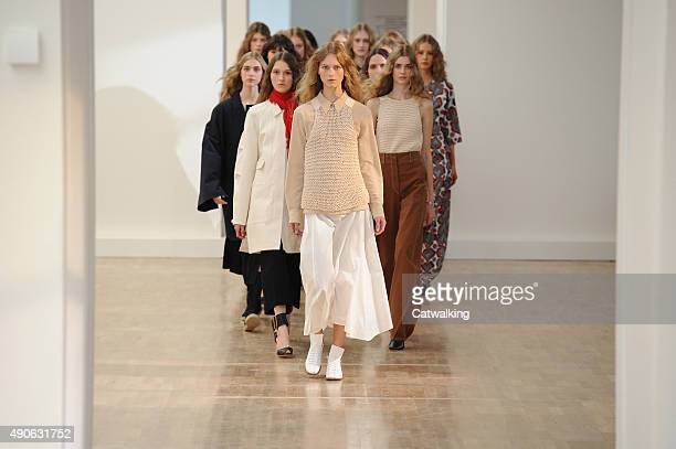 Models walk the runway at the Lemaire Spring Summer 2016 fashion show during Paris Fashion Week on September 30, 2015 in Paris, France.