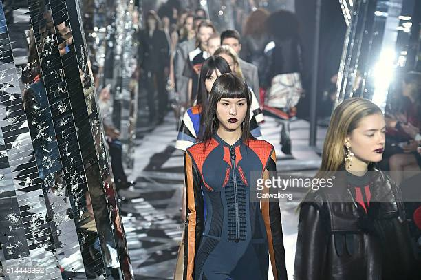 Models walk the runway at the Louis Vuitton Autumn Winter 2016 fashion show during Paris Fashion Week on March 9 2016 in Paris France