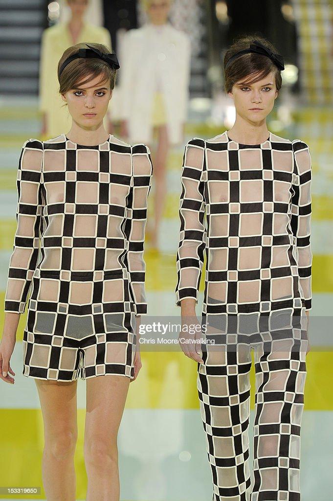 5e2a5e37bb Louis Vuitton - Runway RTW - Spring 2013 - Paris Fashion Week   News Photo