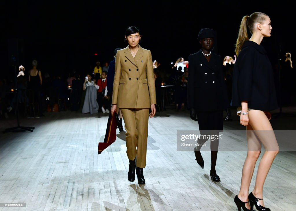 Marc Jacobs Fall 2020 Runway Show : Fotografia de notícias