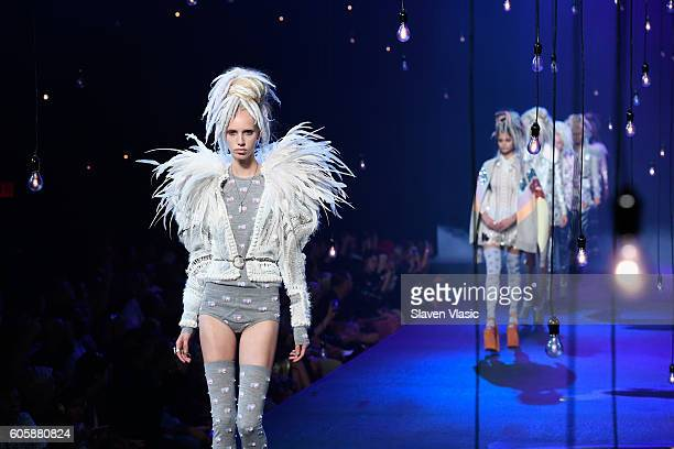 Models walk the runway at the Marc Jacobs fashion show durin New York Fashion Week at Hammerstein Ballroom on September 15 2016 in New York City