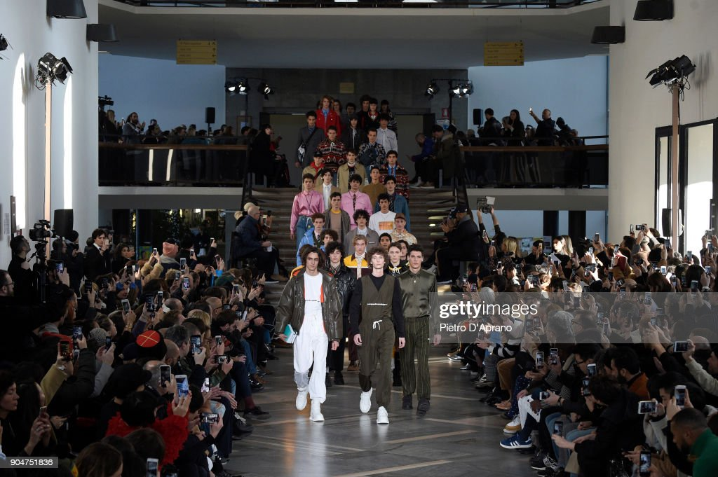 MSGM - Runway - Milan Men's Fashion Week Fall/Winter 2018/19 : ニュース写真