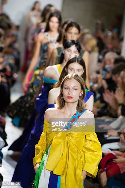 Models walk the runway at the Peter Pilotto show during London Fashion Week Spring/Summer collections 2017 on September 18 2016 in London United...