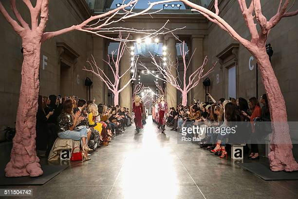 Models walk the runway at the Preen by Thornton Bregazzi show during London Fashion Week Autumn/Winter 2016/17 at TopShop Show Space on February 21...