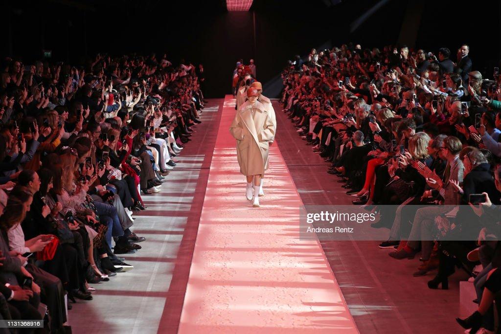 ITA: Sportmax - Runway: Milan Fashion Week Autumn/Winter 2019/20