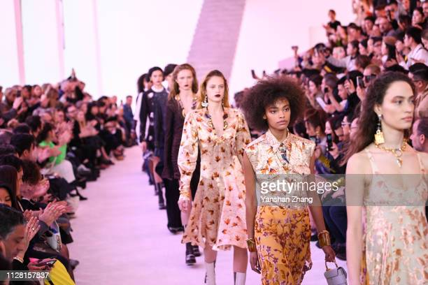 Models walk the runway during the Chloe show as part of the Paris Fashion Week Womenswear Fall/Winter 2019/2020 on February 28 2019 in Paris France