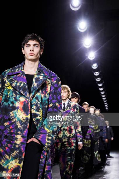 Models walk the runway during the Dries Van Noten Menswear Fall/Winter 20192020 show as part of Paris Fashion Week on January 17 2019 in Paris France
