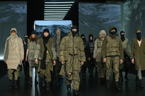 "ITA: Altaroma 2021 - Gall ""Nydia""  Fashion Show - Runway"