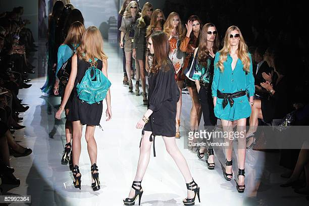 Models walk the runway during the Gucci fashion show at Milan Fashion Week Spring/Summer 2009 on September 24 2008 in Milan Italy