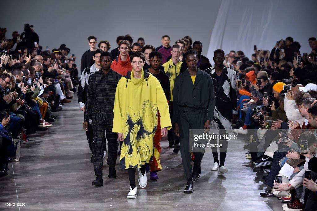 Issey Miyake Men : Runway - Paris Fashion Week - Menswear F/W 2019-2020 : ニュース写真