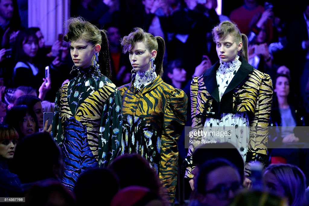 Models walk the runway during the Kenzo show as part of Paris Fashion Week Womenswear Fall/Winter 2016/2017 on March 8, 2016 in Paris, France.