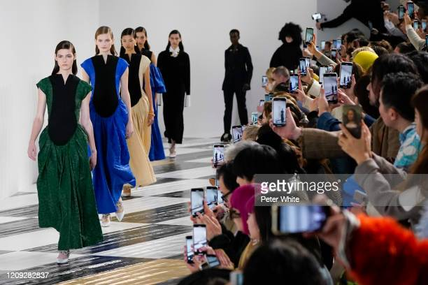 Models walk the runway during the Loewe show as part of the Paris Fashion Week Womenswear Fall/Winter 2020/2021 on February 28, 2020 in Paris, France.