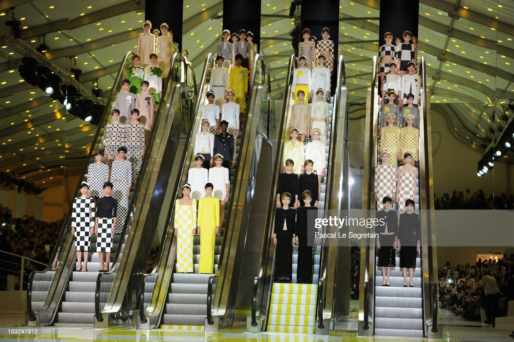 Louis Vuitton: Runway - Paris Fashion Week Womenswear Spring / Summer 2013 : News Photo