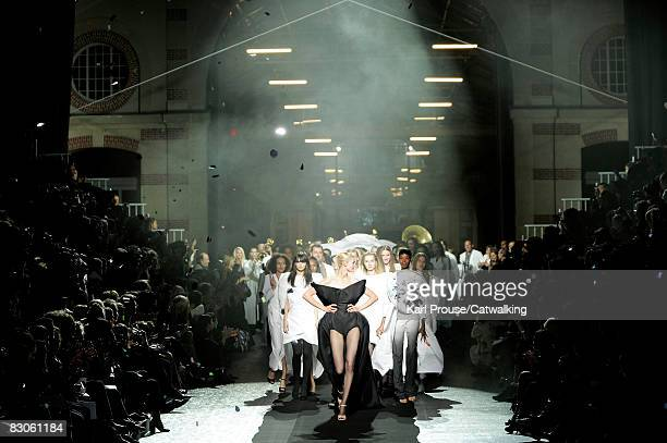 Models walk the runway during the Maison Martin Margiela show part of Paris Fashion Week Spring/Summer 2009 on September 29,2008 in Paris,France.