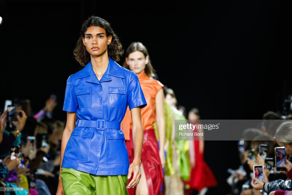 Rochas : Runway - Paris Fashion Week - Womenswear Spring Summer 2020 : ニュース写真
