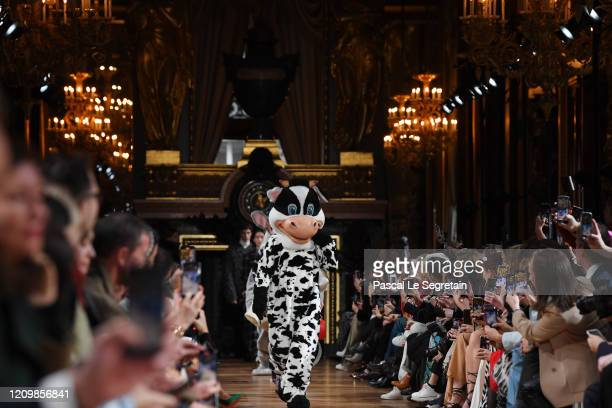 Models walk the runway during the Stella McCartney as part of the Paris Fashion Week Womenswear Fall/Winter 2020/2021 on March 02, 2020 in Paris,...