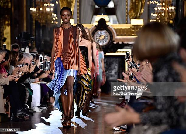 Models walk the runway during the Stella McCartney show as part of the Paris Fashion Week Womenswear Spring/Summer 2016 on October 5, 2015 in Paris,...