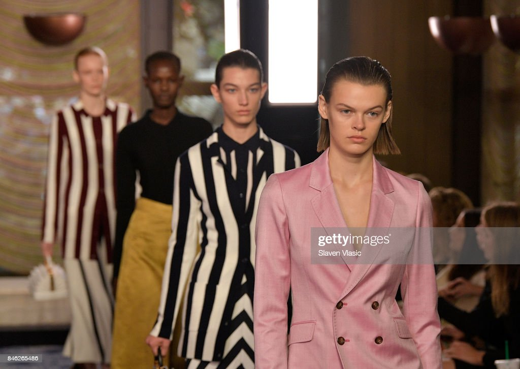 Gabriela Hearst - Runway - September 2017 - New York Fashion Week : ニュース写真
