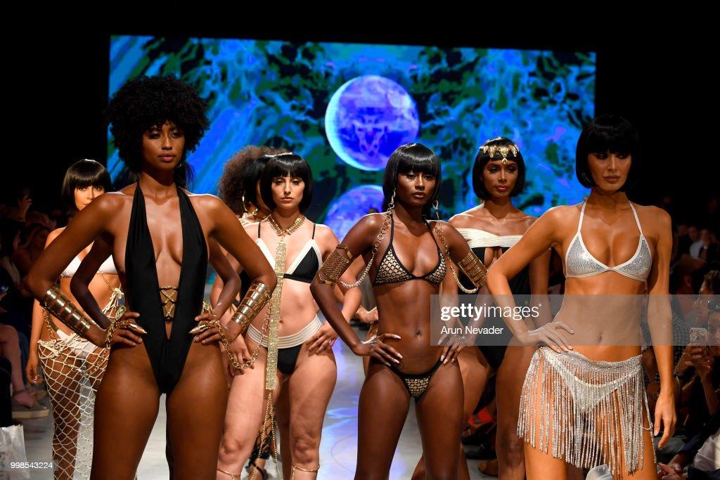 Photos Et Images De Omg Miami Swimwear At Miami Swim Week Powered By Art Hearts Fashion Swim