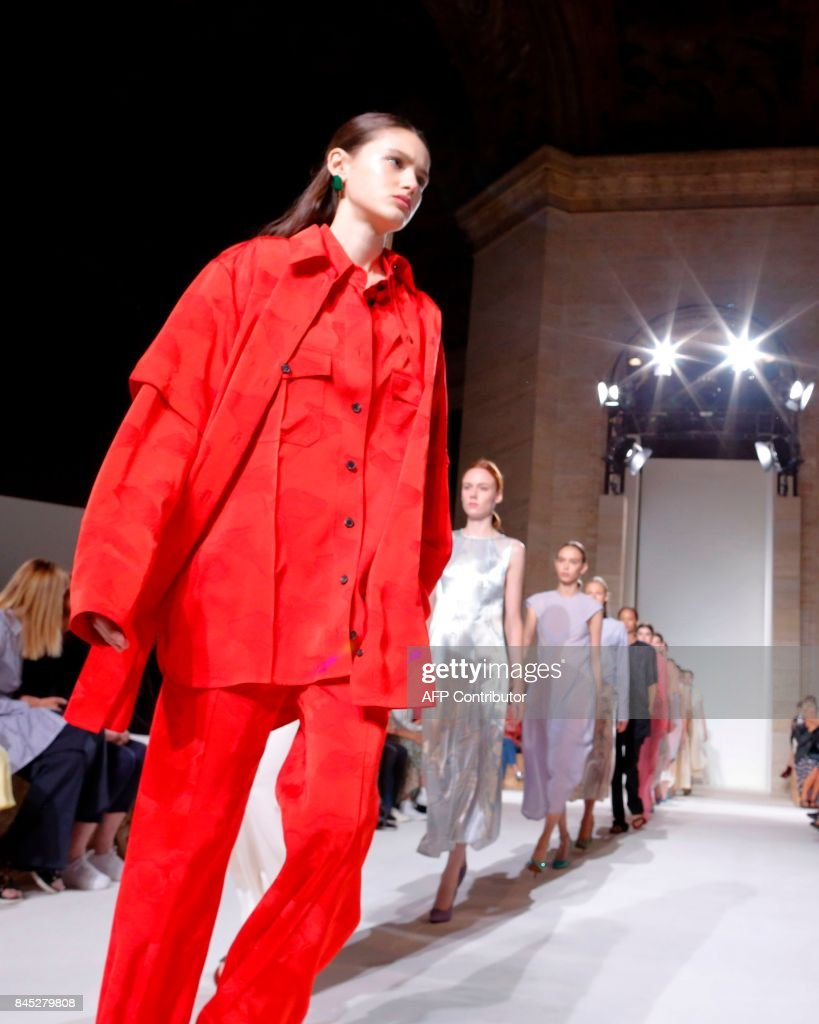Models walk the runway for the Victoria Beckham SS18 show during New York Fashion Week on September 10, 2017 in New York. /