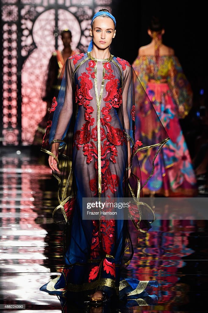 Reem Acra - Runway - Spring 2016 New York Fashion Week: The Shows : News Photo