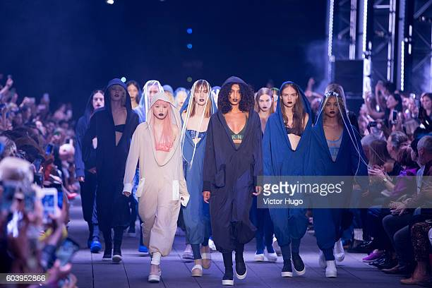 Models walks the Runway at DKNY Women's Front Row September 2016 New York Fashion Week at High Line on September 12 2016 in New York City