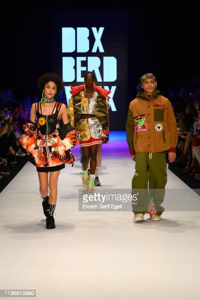 Models walks the runway at the DB Berdan show during MercedesBenz Istanbul Fashion Week at the Zorlu Performance Hall on March 19 2019 in Istanbul...