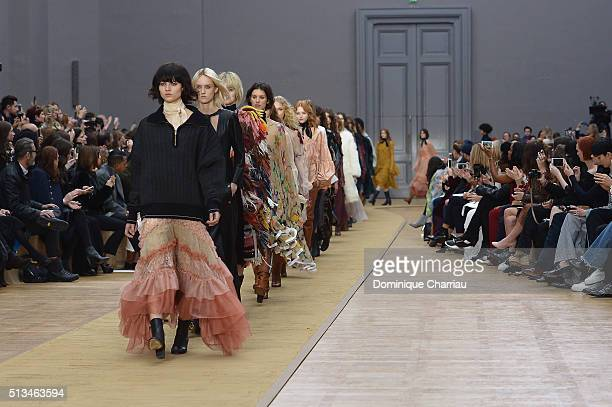 Models walks the runway during the Chloe show as part of the Paris Fashion Week Womenswear Fall/Winter 2016/2017 on March 3 2016 in Paris France