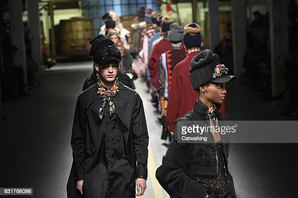 Models walks the runway finale at the DSquared2 Autumn Winter 2017 fashion show during Milan Menswear Fashion Week on January 15, 2017 in Milan,...