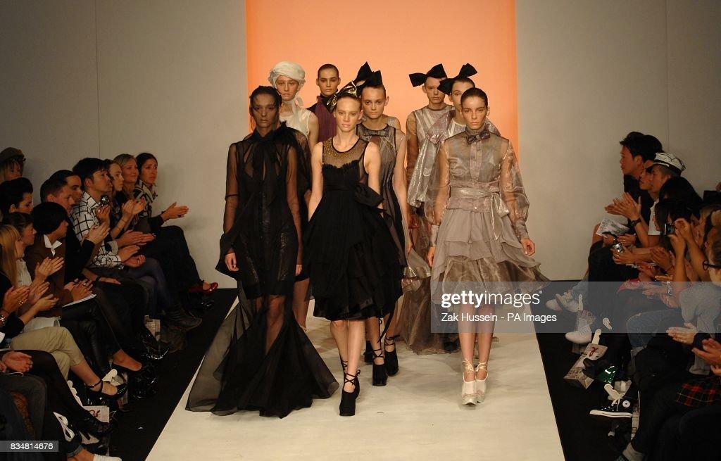 London Fashion Week - Bora Aksu Catwalk Show & London Fashion Week - Bora Aksu Catwalk Show Pictures | Getty Images