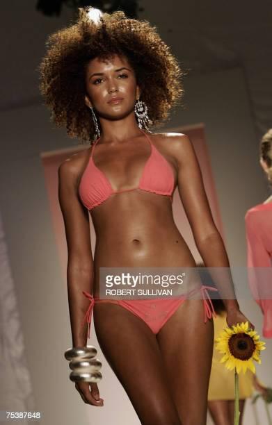 Models wear designs from the Don Eduardo e Donna Rosalia collection by Italian designer Deborah Martinelli Bonavia 12 July 2007 during Swim Miami in...