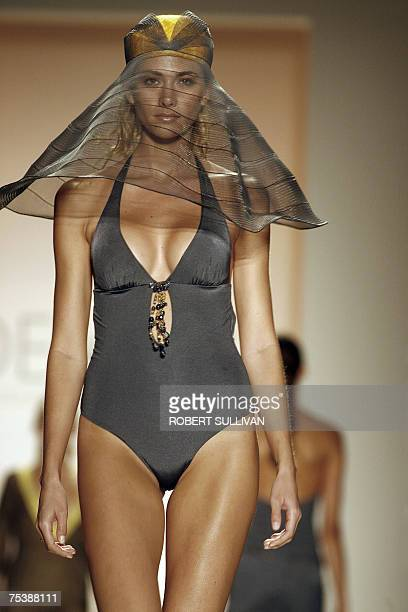 Models wear designs from the Don Eduardo e Donna Rosalia collection by Italian designer Deborah Martinelli Bonavia 12 July 2007 during Swim Miami in...