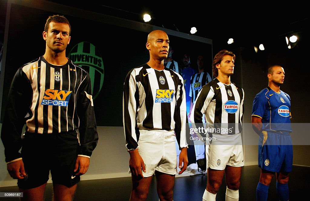 new arrival b90b3 9d61c Models wear the new Juventus kit for the 2004/05 season at ...