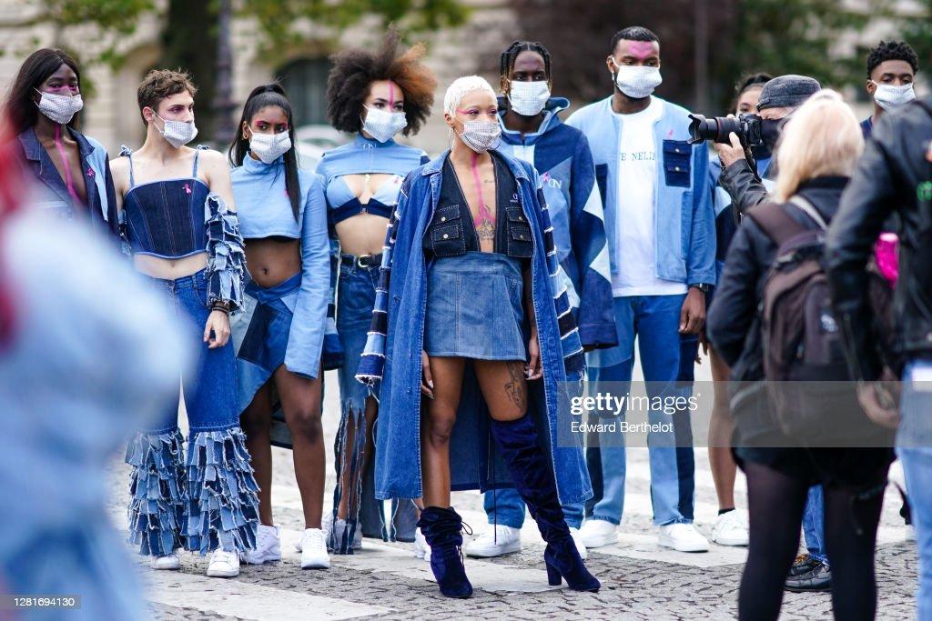 Ambiance At Paris Fashion Week - Womenswear Spring Summer 2021 : Photo d'actualité
